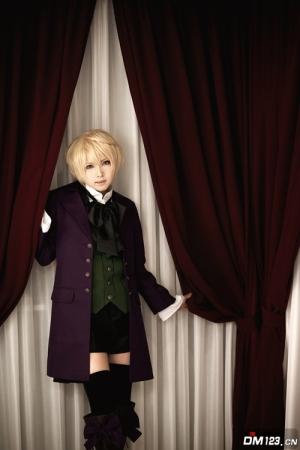 Alois Trancy 8